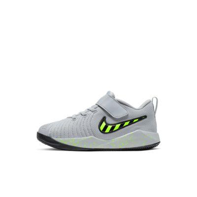 Nike Team Hustle Quick 2 Sport Little Kids' Shoe