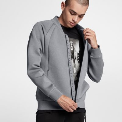 Мужская куртка Jordan Sportswear Flight Tech  - купить со скидкой