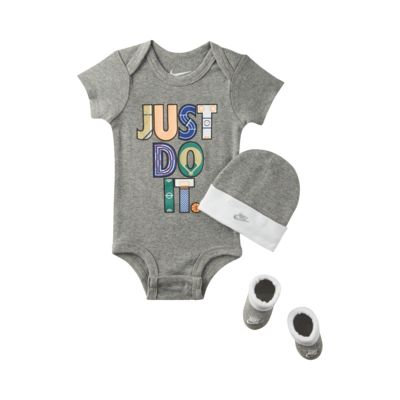 Nike Baby Three-Piece Set