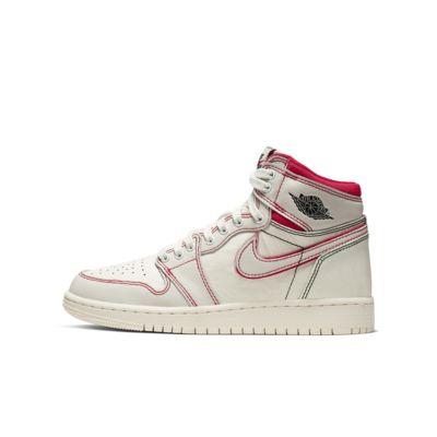 059b9b085f55 Air Jordan 1 Retro High OG Boys  Shoe. Nike.com