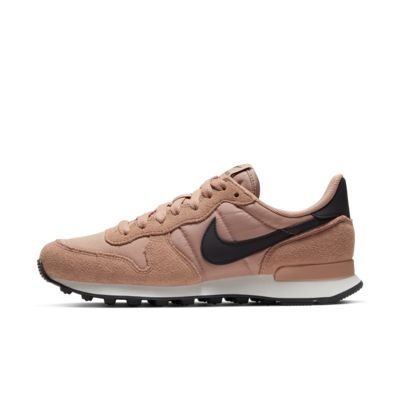 best service 76704 18c7a Chaussure Nike Internationalist pour Femme. Nike Internationalist
