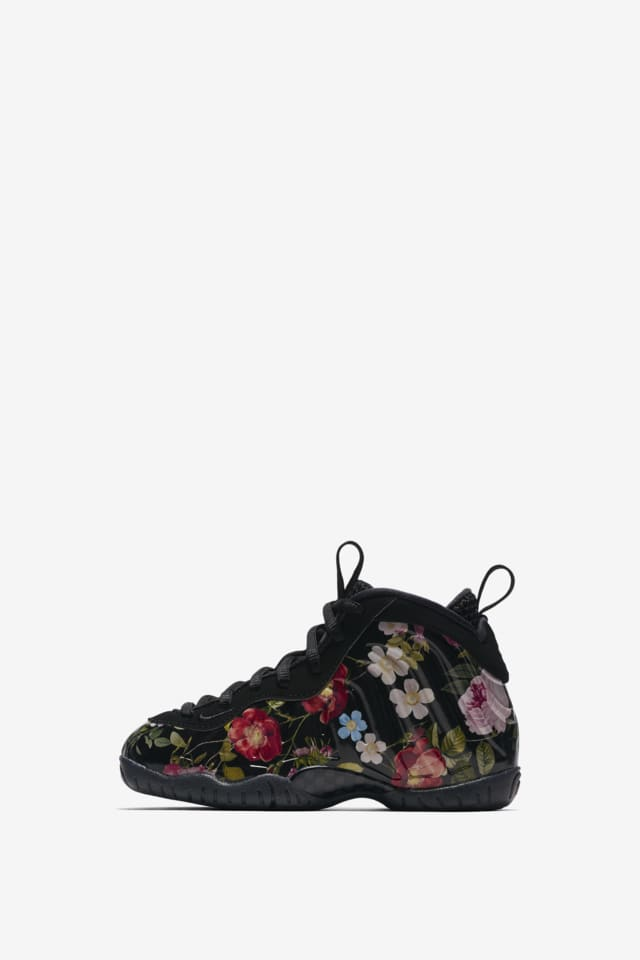 Nike Women s Size 8 Air Foamposite One Black Floral ...eBay