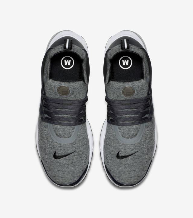 nike presto tech fleece grey