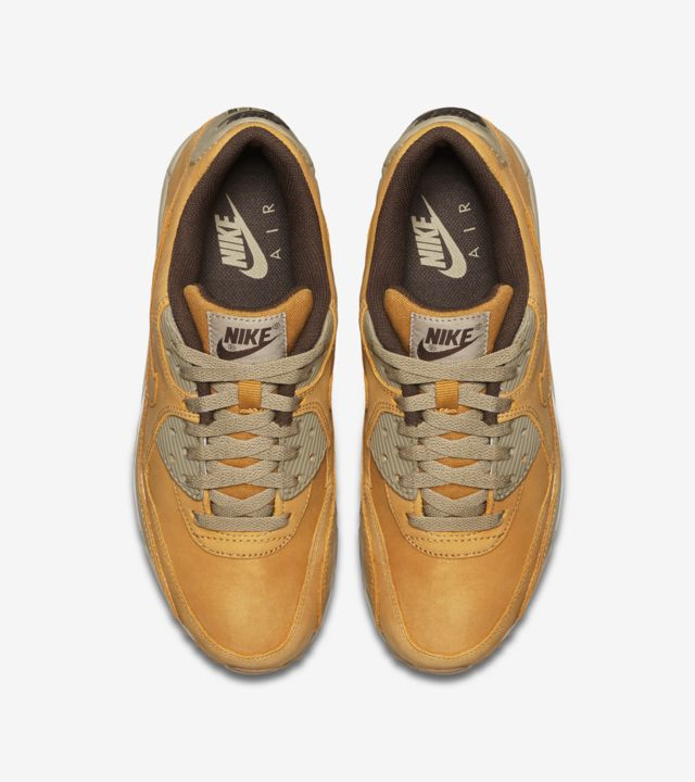 Women's Nike Air Max 90 Winter 'Bronze & Bamboo'. Release