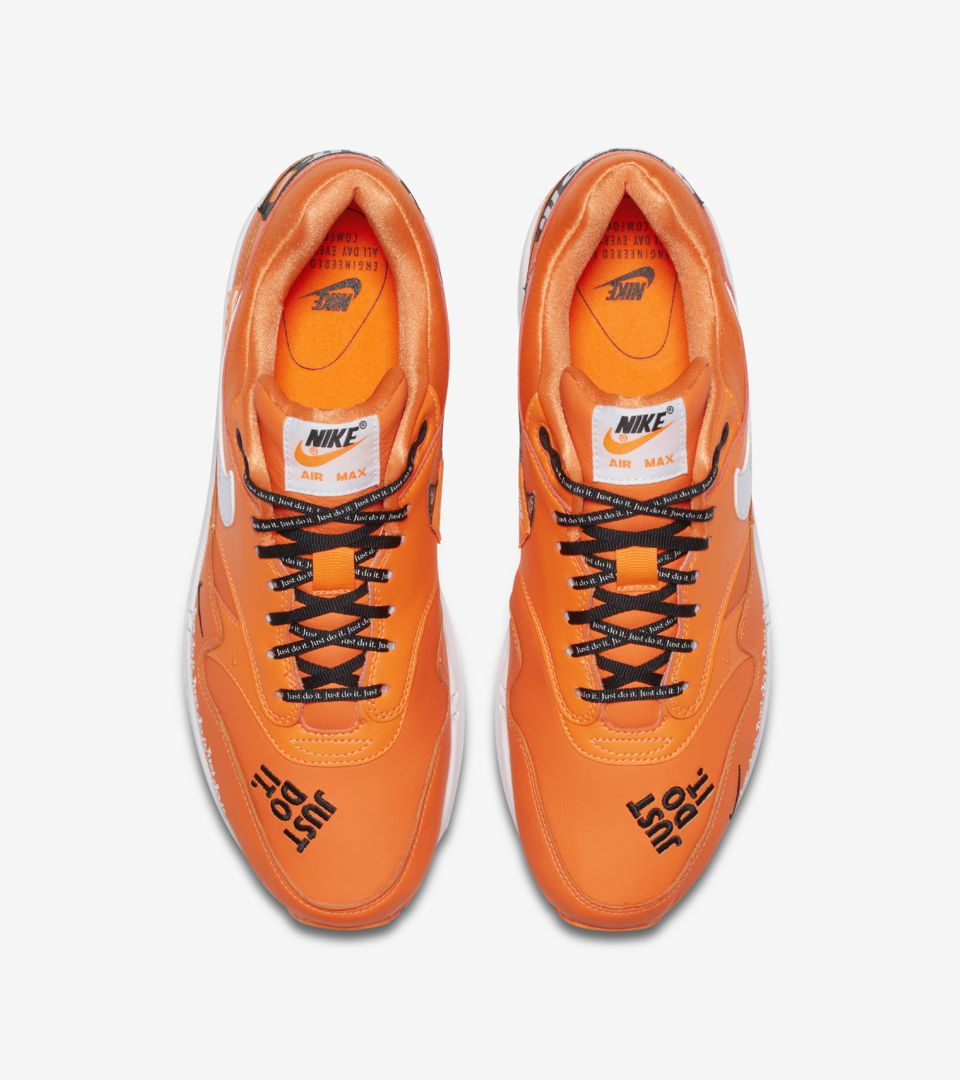 Orange It Air Max Blanc' 1 'Total Release Just Collection amp; Nike Do wqUF7BFO