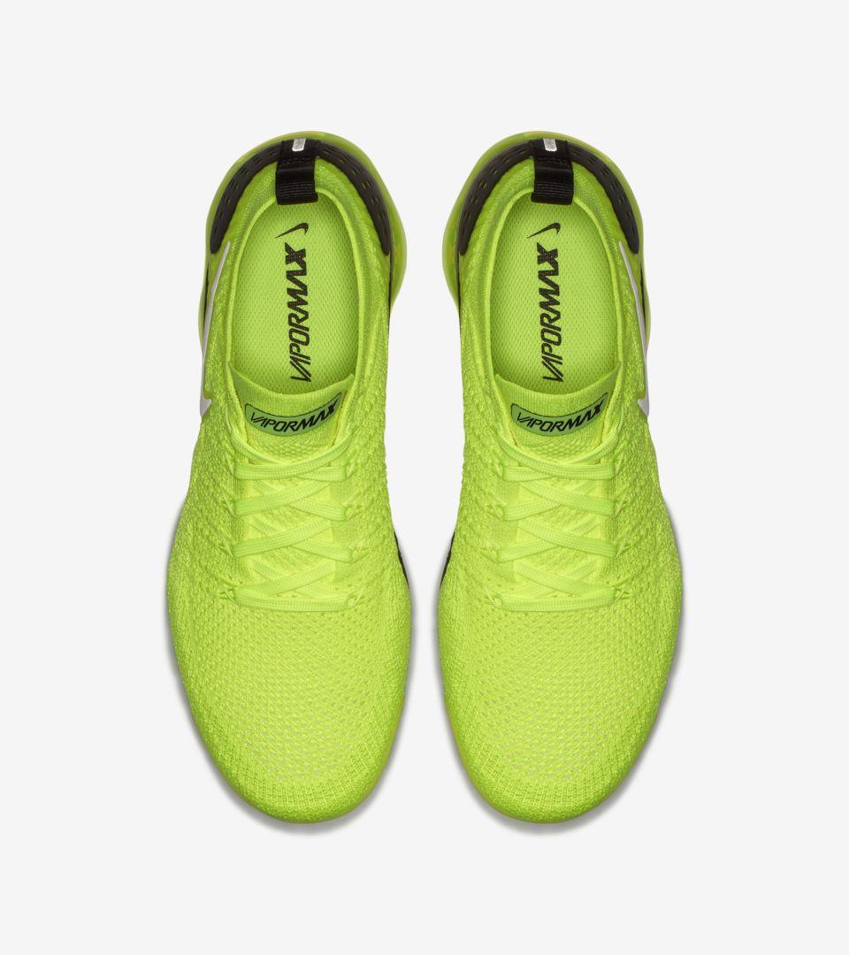 cheap for discount 0da1e abac3 Nike Air Vapormax Flyknit 2 'Volt & White & Black' Release ...