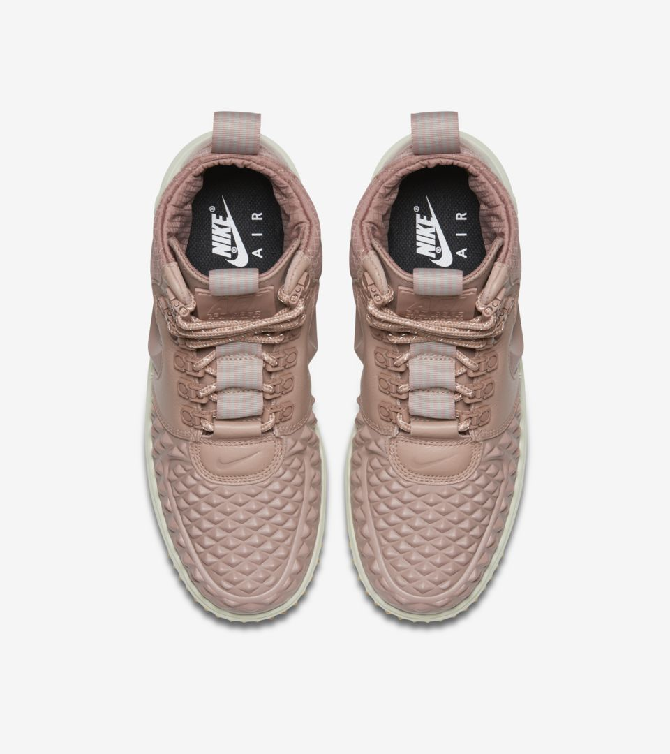 odebrać najnowszy profesjonalna sprzedaż Women's Nike Lunar Force 1 Duckboot 'Particle Pink' Release ...