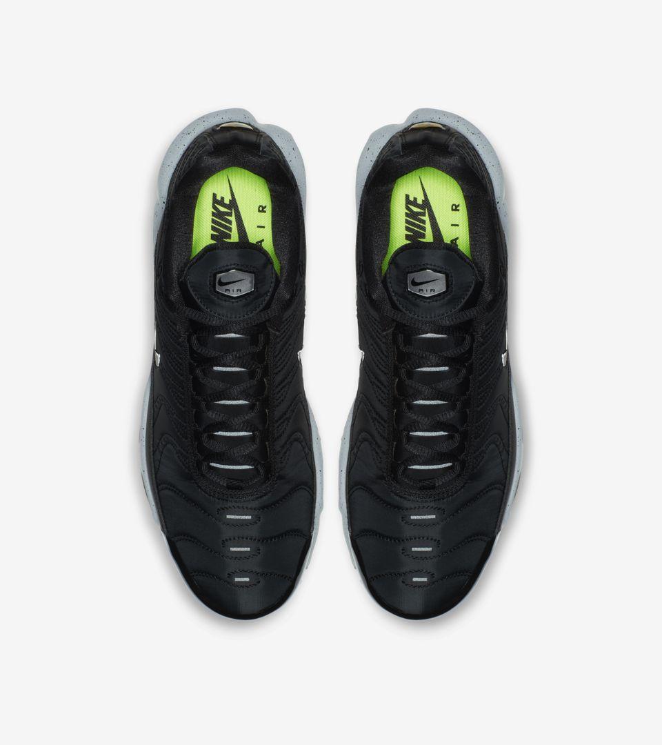 c7ae9a37d0 Nike Air Max Plus Premium 'Black & Matte Silver & Volt' Release Date ...