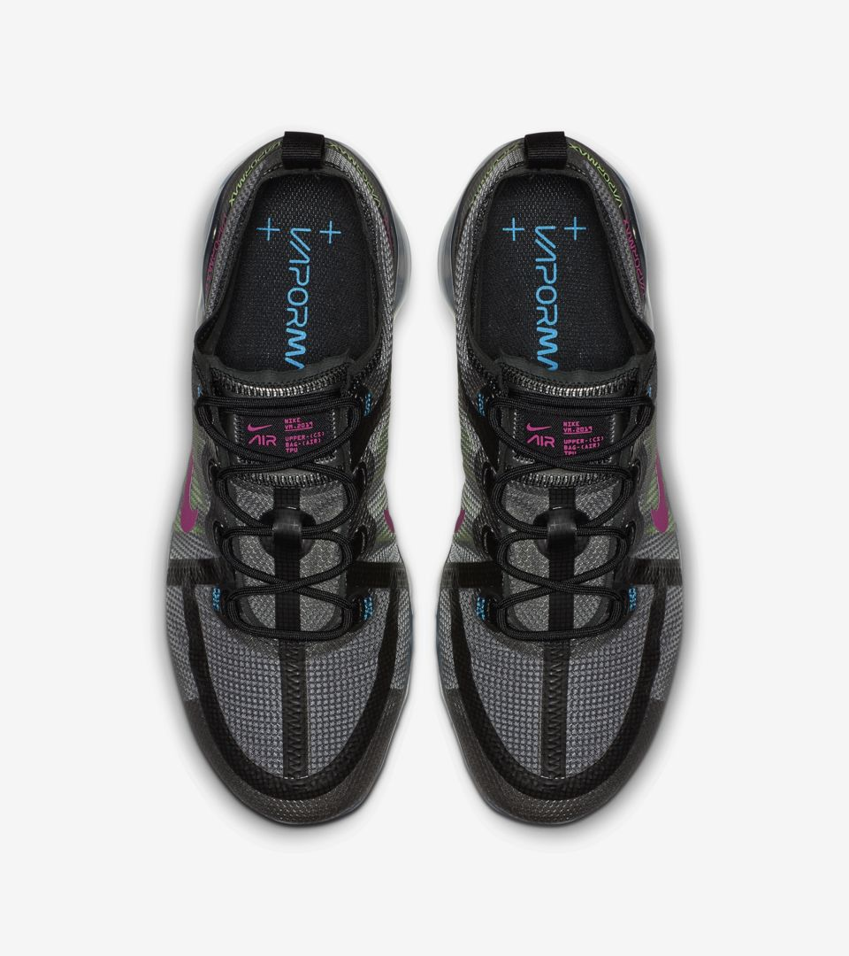 Nike Air Vapormax 2019 'Black & Active Fuschia' Release Date