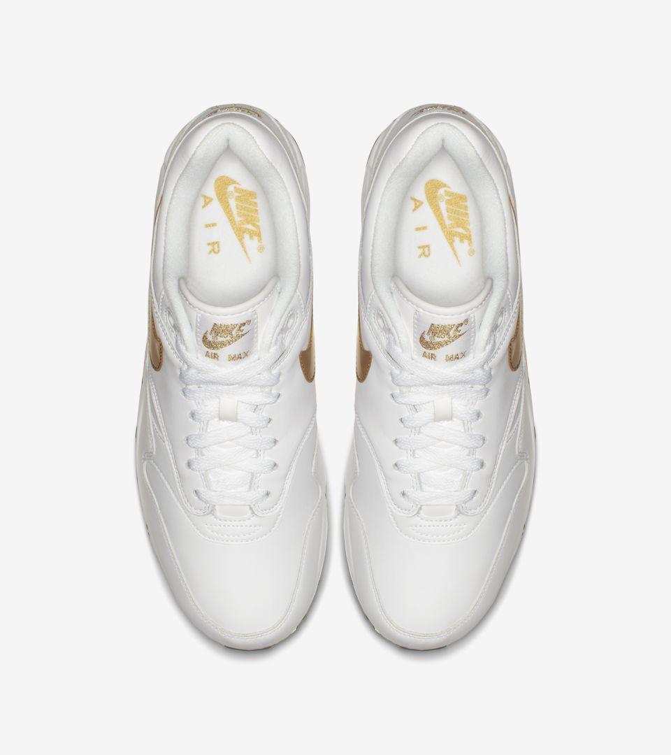 49b536adbae0c Nike Air Max 90 1  White  amp  Metallic Gold  Release Date. Nike+ ...
