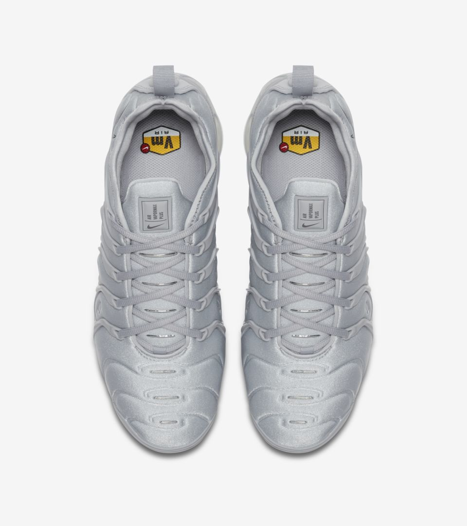 buy popular dcf14 10666 ... AIR VAPORMAX PLUS ...