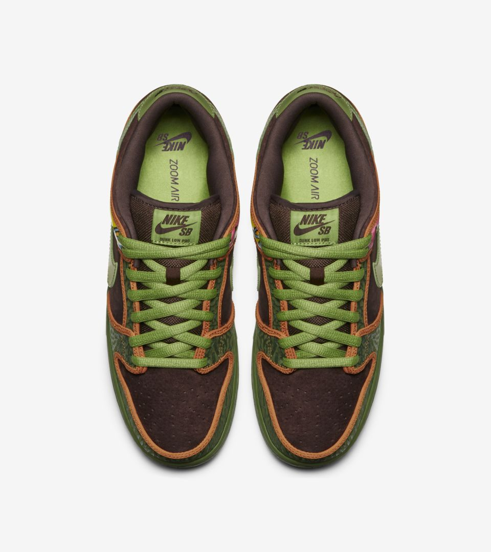 best sneakers 0c3a6 b74de Nike Dunk Low SB 'De La Soul'. Nike+ SNKRS