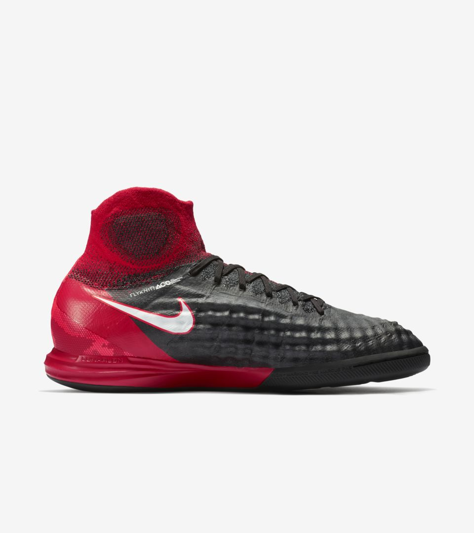 156b384b2 Nike Play Fire MagistaX Proximo. Nike.com GB