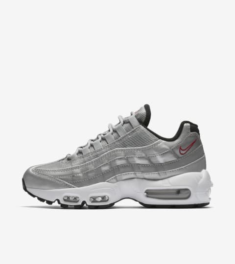 Women's Nike Air Max 95 'Metallic Silver'. Nike SNKRS