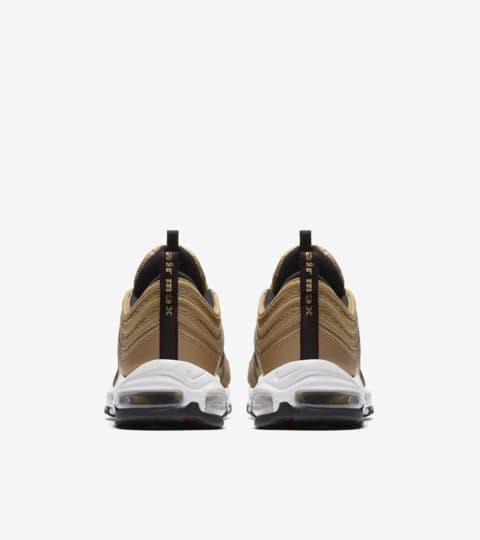 air max metallic gold