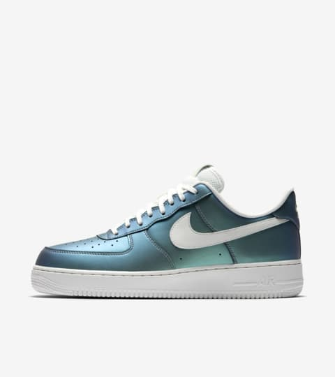 Nike Air Force 1 07 LV8 'Fresh Mint'. Nike SNKRS
