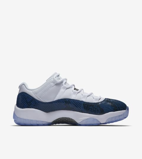 air jordan 11 low bleu