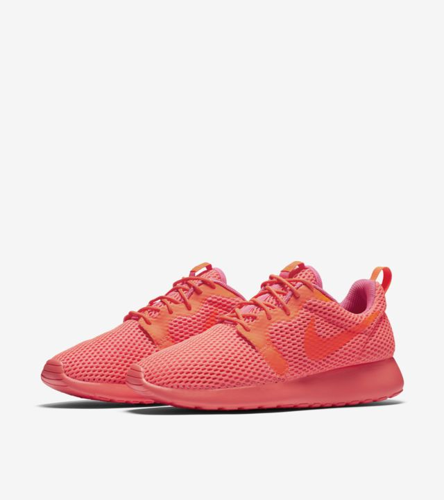 Women's Nike Roshe One Breathe 'Total Crimson'. Nike SNKRS
