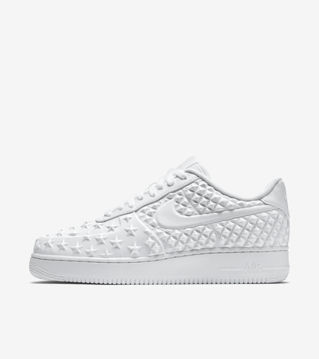 Nike Air Force 1 Low 'Independence Day White'. Nike SNKRS