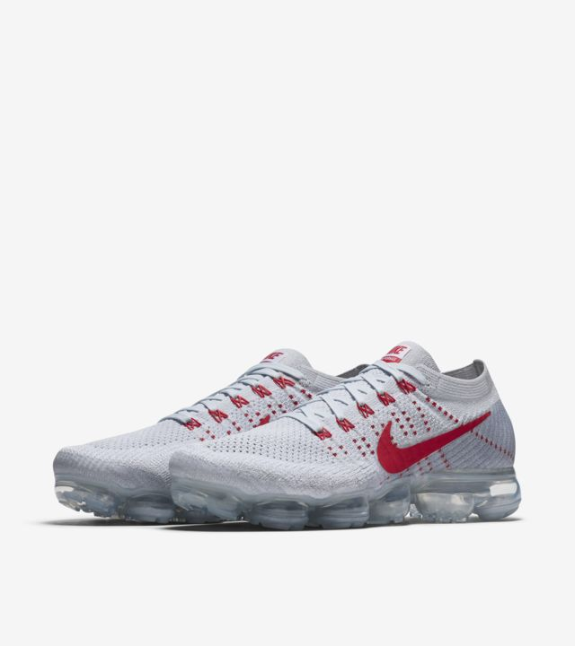 Nike Air VaporMax 'Pure Platinum & University Red'. Nike SNKRS