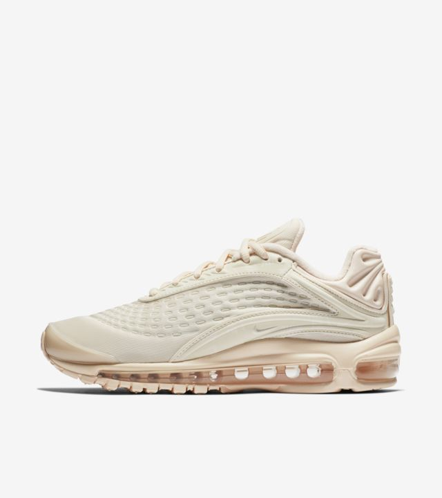 Women's Nike Air Max Deluxe 'Guava Ice' Release Date. Nike SNKRS