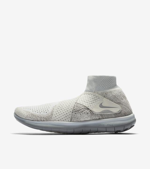 Women's Nike Free RN Motion Flyknit 2017 'Sail & Light Bone