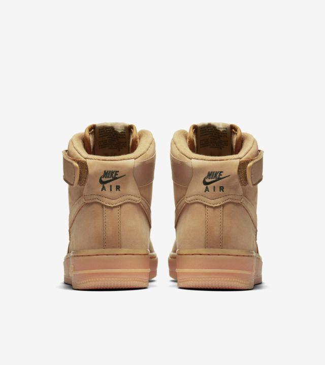 Women's Nike Air Force 1 High 'Flax'. Nike SNKRS