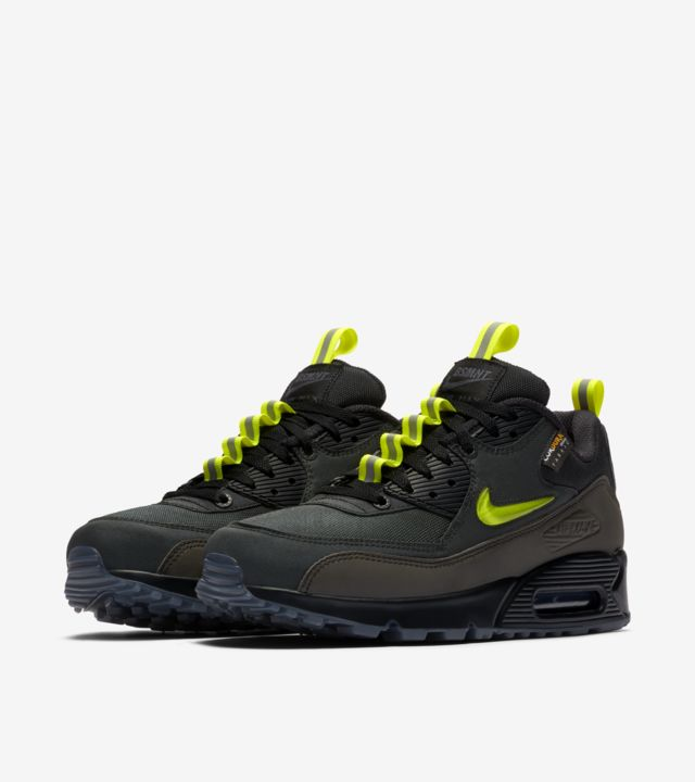 Air Max 90 'The Basement Manchester' Release Date. Nike