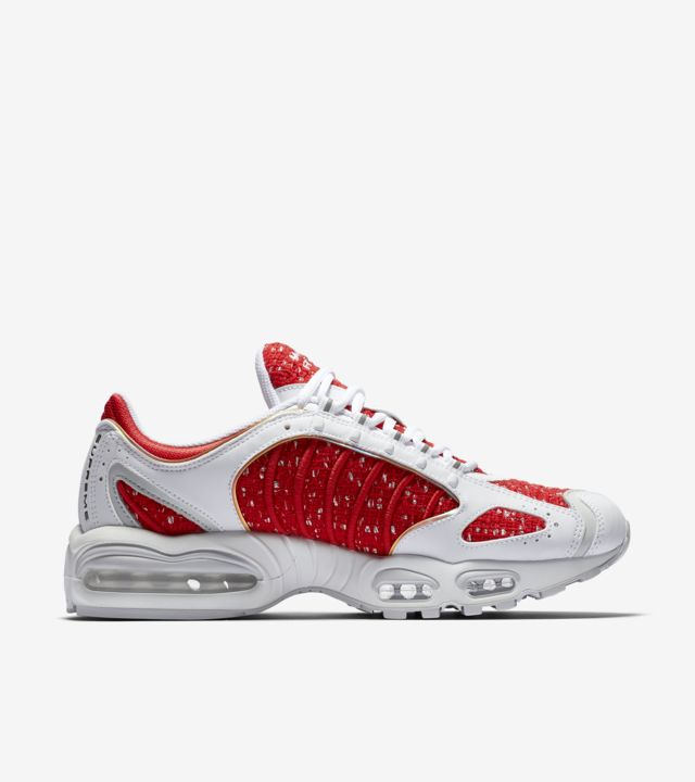 Nike Air Max Tailwind IV 'Supreme' Release Date. Nike SNKRS