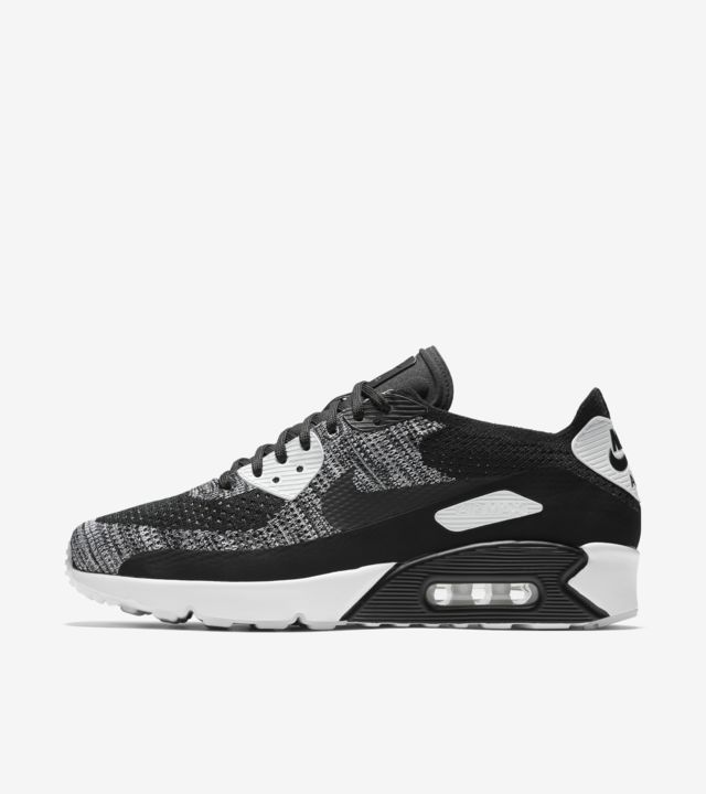 Nike Air Max 90 Ultra 2.0 Flyknit 'Black & White'. Nike SNKRS