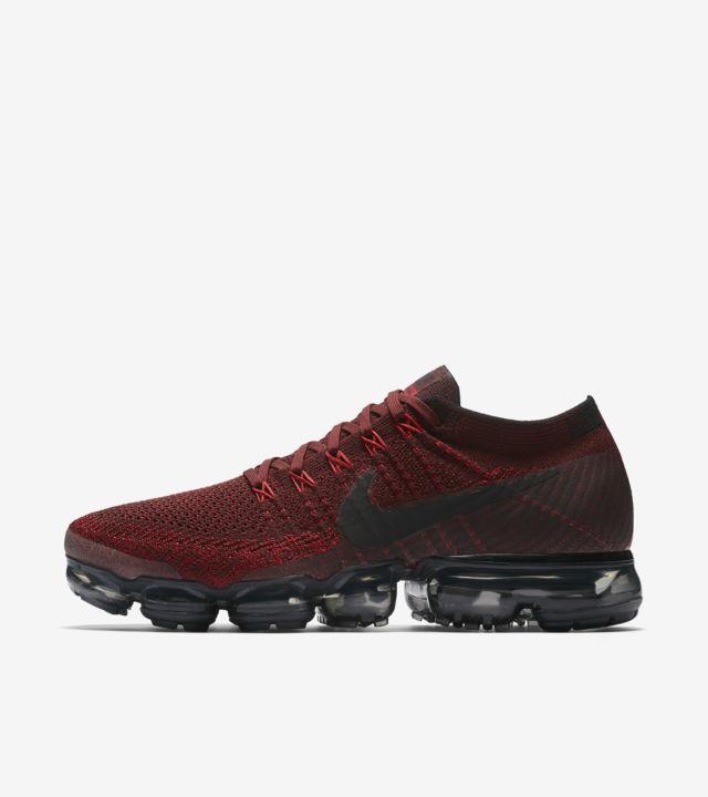 Nike Air Vapormax 'Dark Team Red & Black'. Nike SNKRS
