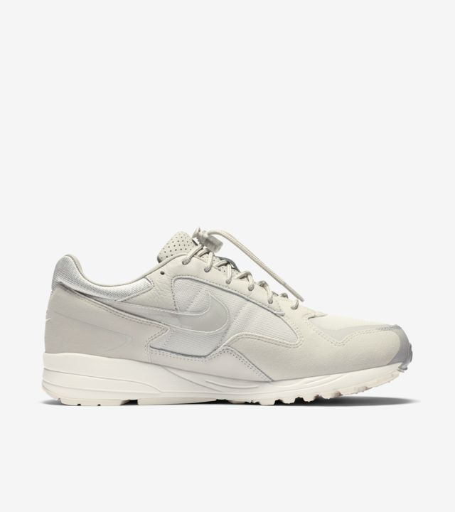 Nike x Fear of God. (DK)