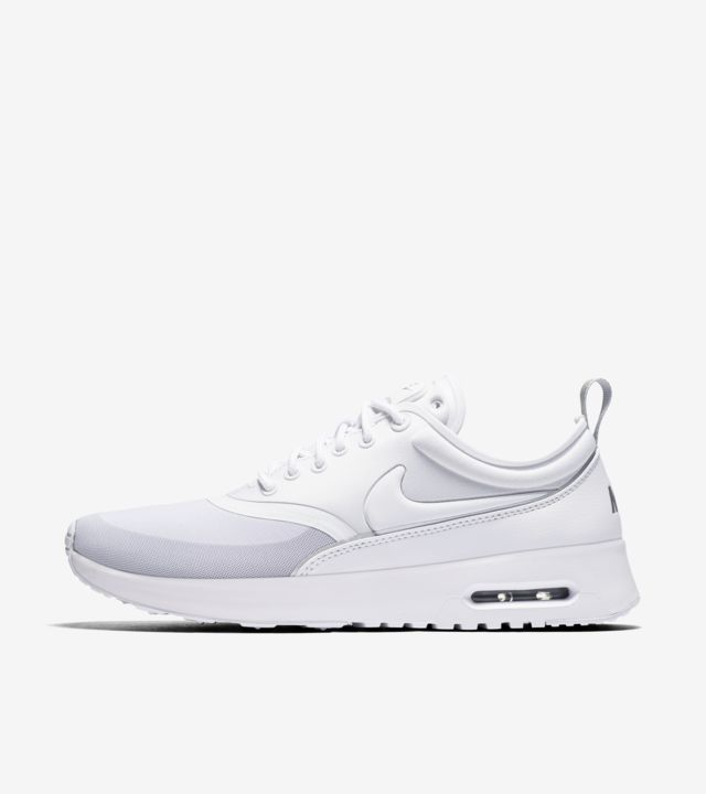 Nike Women's WMNS Air Max Thea Running Shoes