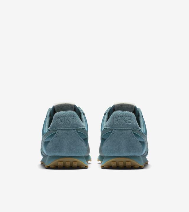 Nike Womens Nike Pre Montreal Racer Vintage Premium Blue