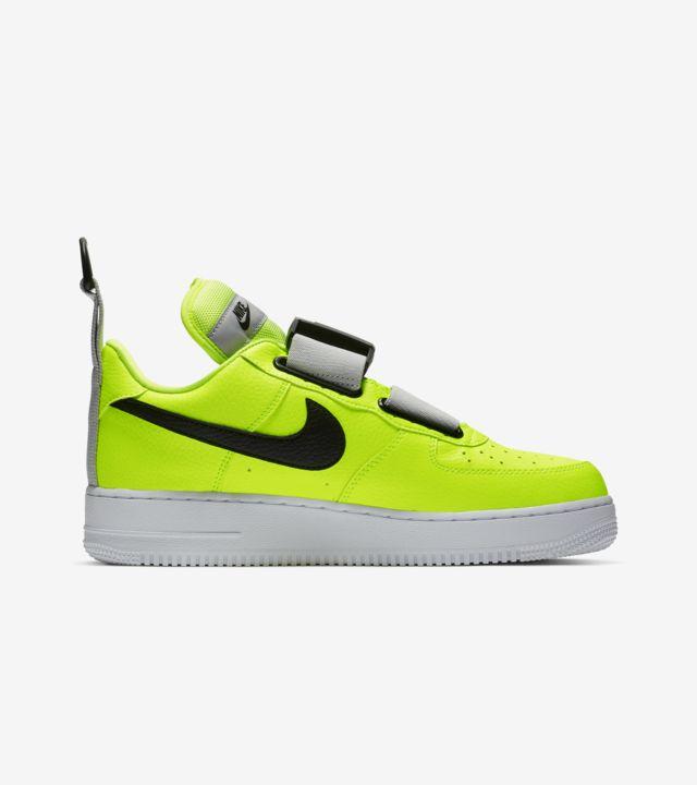 Nike Air Force 1 Utility Volt