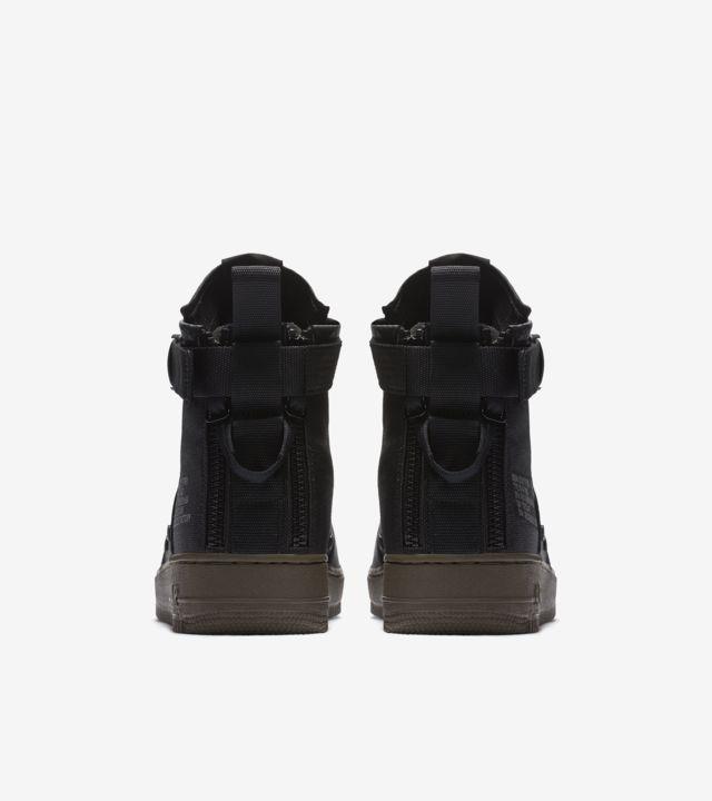 Nike SF AF 1 Mid 'Black & Dark Hazel'. Nike SNKRS