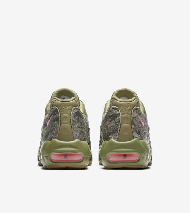 Women's Nike Air Max 95 'Neutral Olive & Arctic Punch