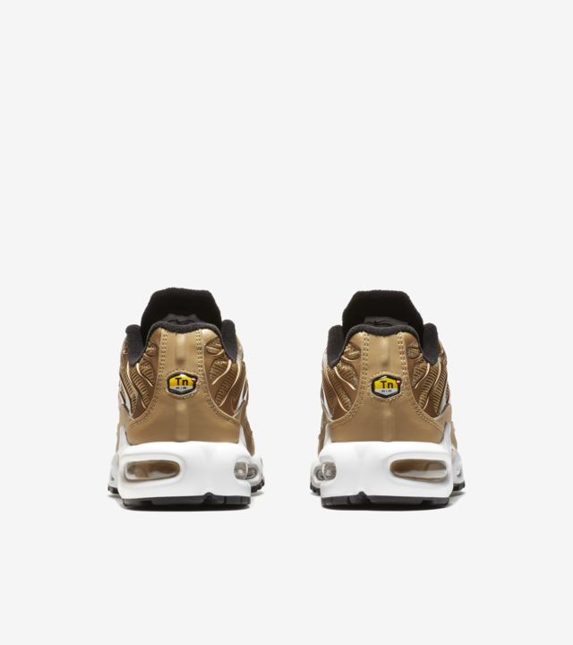 Women's Nike Air Max Plus QS 'Metallic Gold' Release Date