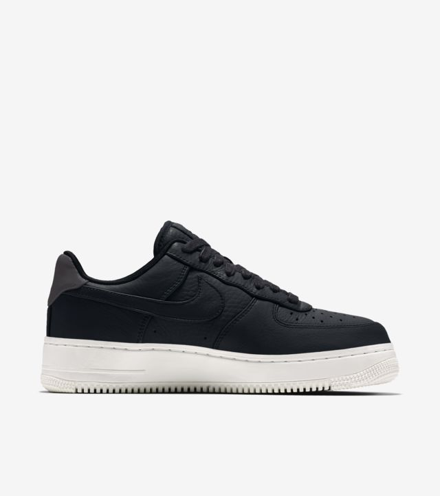 NikeLab Air Force 1 Low 'Black & Sail''. Nike SNKRS