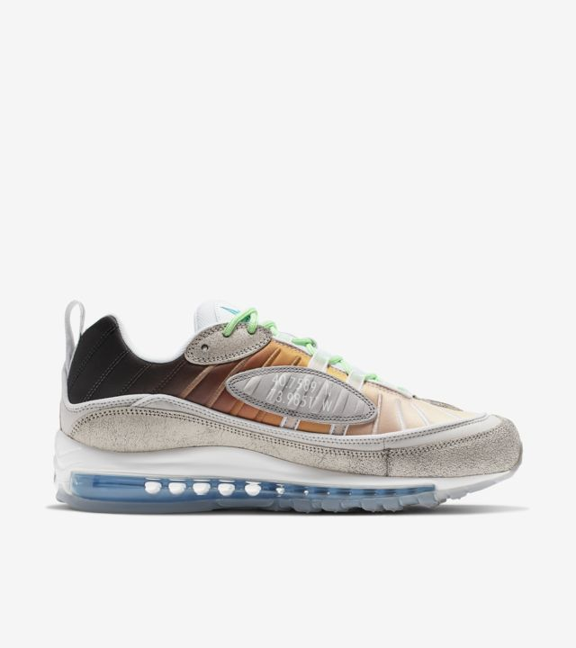 This Nike Air Max 98 Represents New York City From The