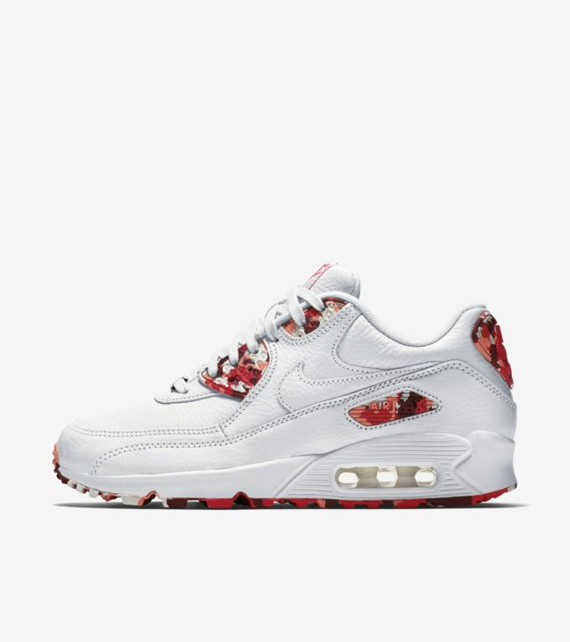 Women's Nike Air Max 90 'London'. Nike SNKRS