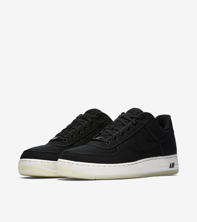 Nike Air Force 1 Low Retro 'Black & Summit White' Release