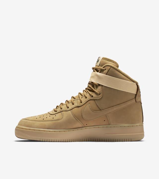 Nike Air Force 1 'Flax'. Nike SNKRS