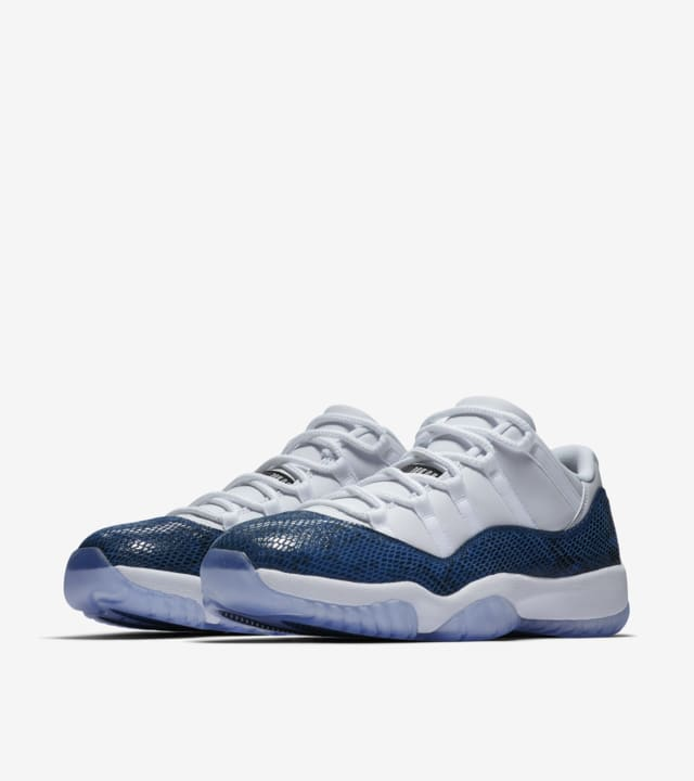 air jordan 11 retro low blanc