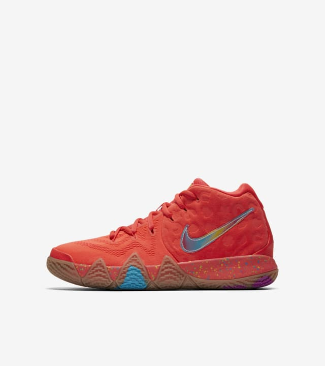 kyrie 4 cereal lucky charms