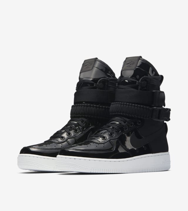 WMNS Nike SF AF-1 'The Force Is Female