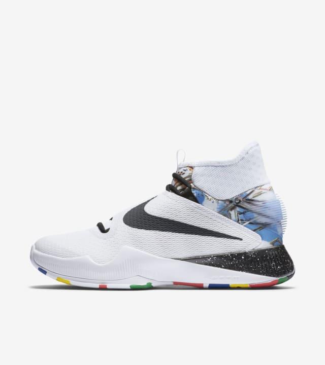 Nike Hyperrev 'NCS'. Nike SNKRS