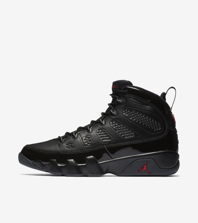 Air Jordan 9 Retro 'Black \u0026 University