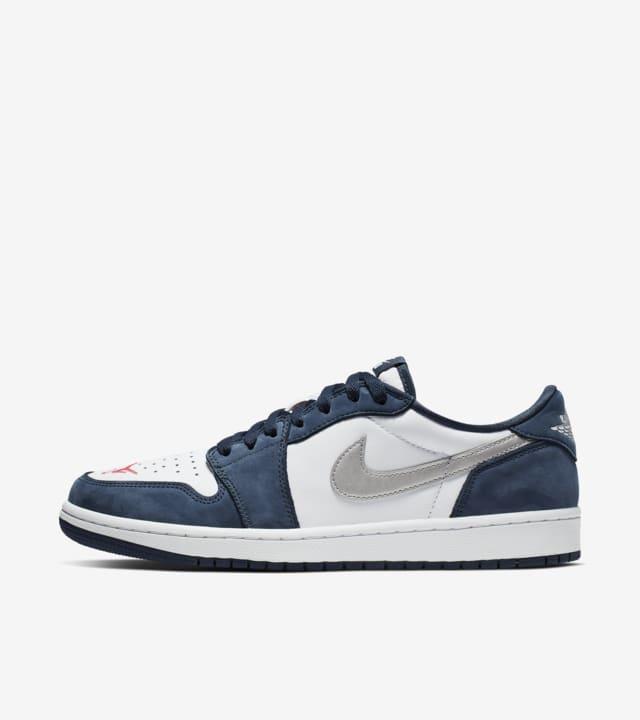 interfaz temperatura Empeorando  SB x Air Jordan I Low 'Midnight Navy' Release Date. Nike SNKRS