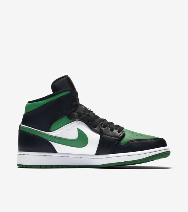 Air Jordan 1 Mid 'Pine Green' Release